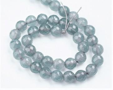 Jade Perlen, Edelsteinperlen, rund facettiert, grau, 8 mm, 1 Perlenstrang