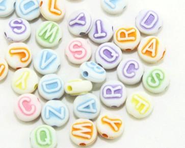 Buchstabenperlen, Acrylperlen, 10mm, flach rund, weiss-bunt, 50g