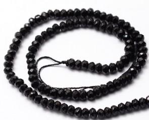 Jade Perlen, facettierte Rondellen, schwarz gefärbt, 4x2mm, 1 Strang