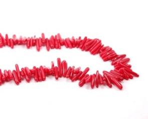 Koralle Perlen, Chips (Tip), rot, 10 - 15 x 4mm, 1 Strang